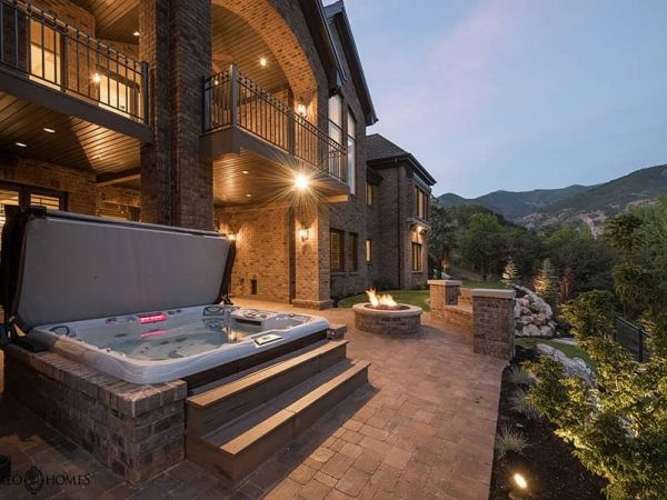 sundance-hot-tub-deck-installation-mountains-Amherst